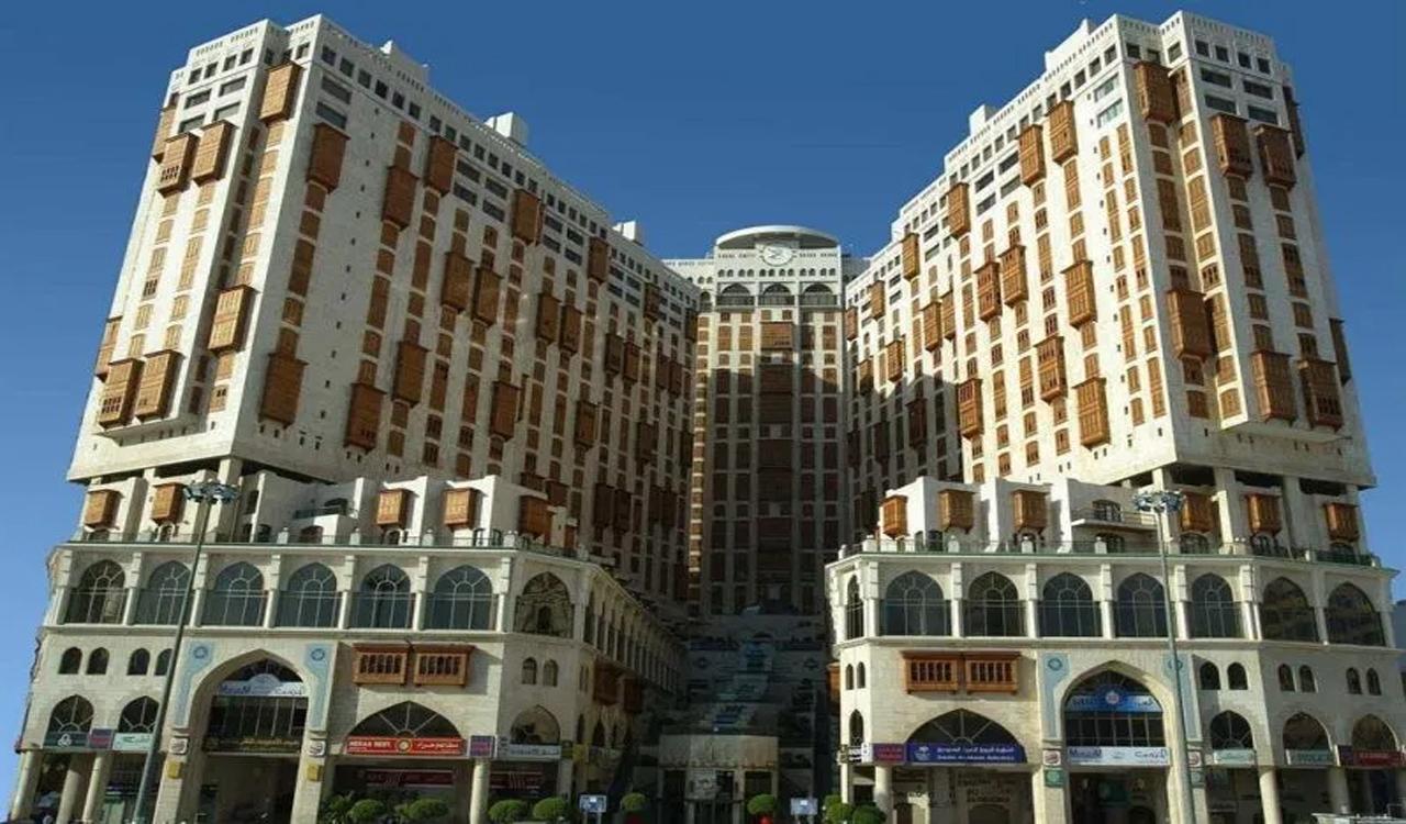Makkah-Auction-Accurate-Travels-Tours