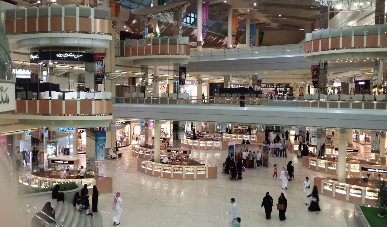 Makkah-Mall-Accurate-Travels-Tours